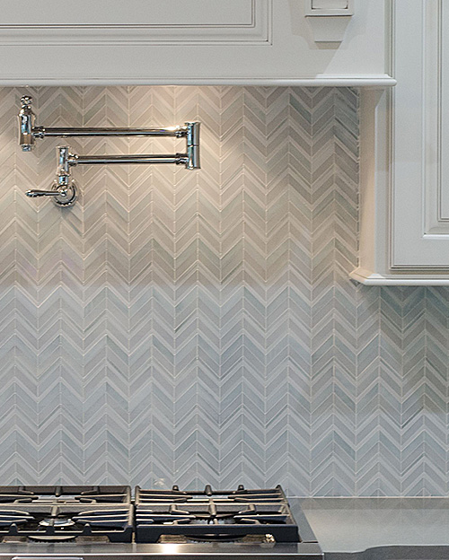 Swingin Chevron white
