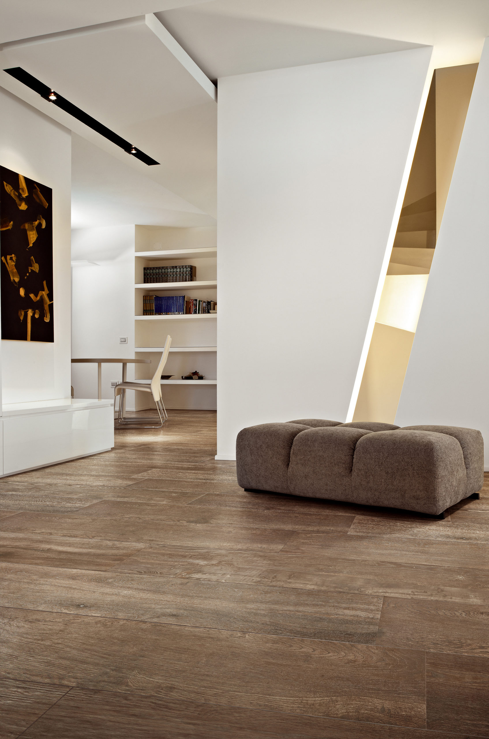 SELECTION OAK BROWN