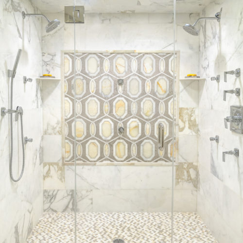 calcatta gold bathroom